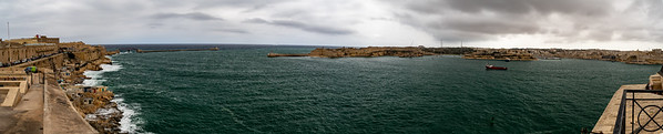 Panoramic view of the harbor from the war memorial on the ramparts of Valleta, Malta.