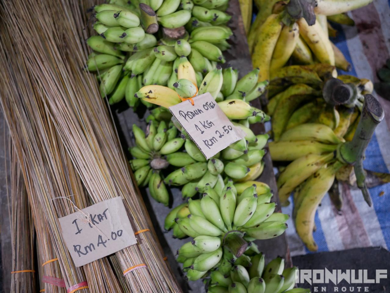 Fruits and walis