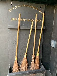 A Harry Potter shop in Oxford