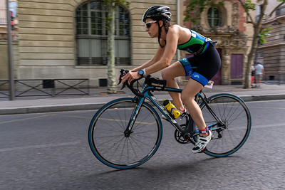 Bicyclists in the Paris Triathalon.