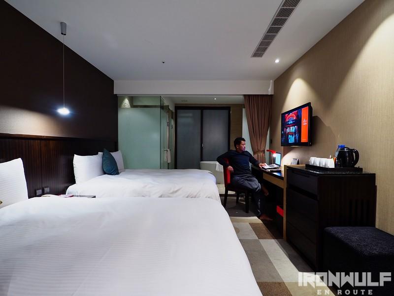 Jupiter Twin Bed Room