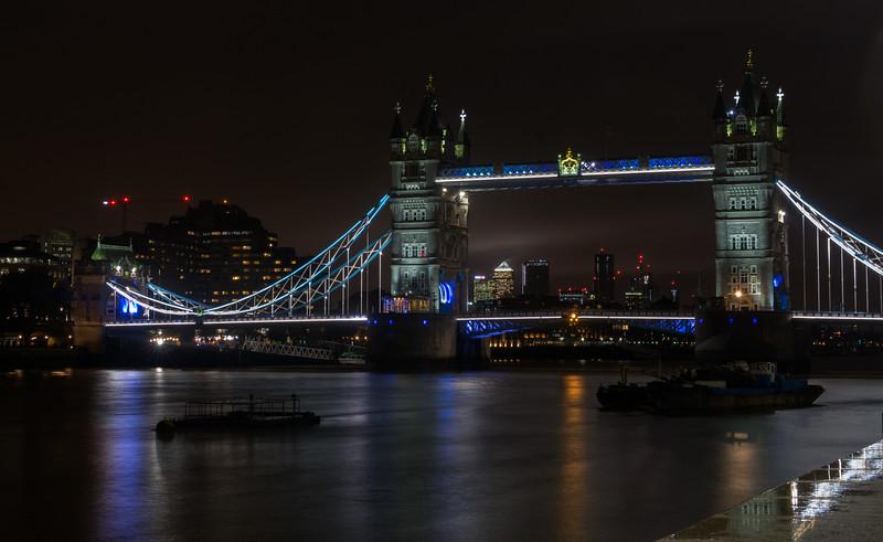 Tower Bridge - River Thames - London (October 2019)