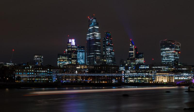 Millenium Bridge & City of London - River Thames - London (October 2019)