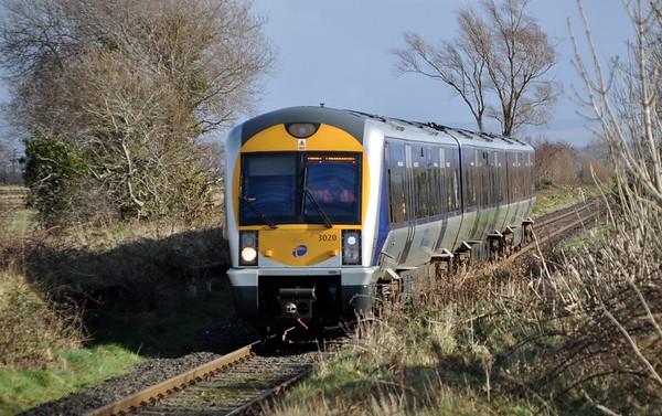 3020 passes Eglinton, 11:10 Great Victoria Street / Derry ~ Londonderry. Sun 01.03.20