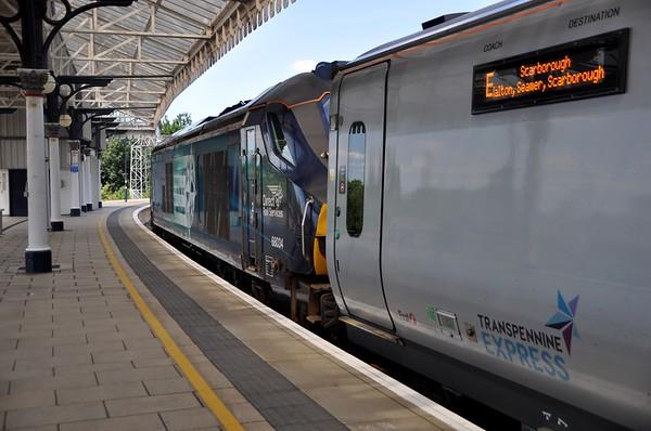 68034 at York, 14:00 York / Scarborough. Mon 01.06.20