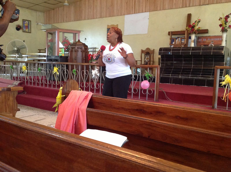 Pastor Patricia Davenport gives a greeting on behalf of Women of the ELCA.