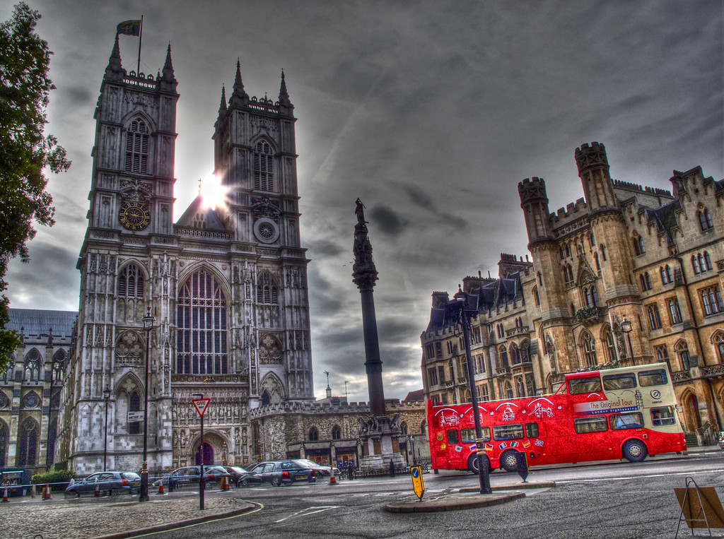 outside of the Westminster Abbey