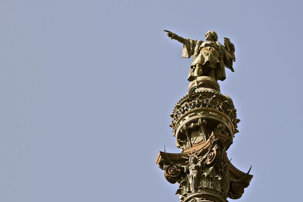 Columbus's sculpture column head