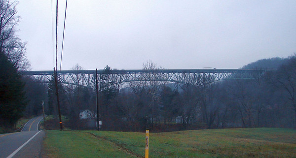 November 21, 2009, 7:33 AM:  Now headed west, just south of Emilenton, PA we come upon this high bridge where  I-80 crosses over the Allegheny River and SR268.