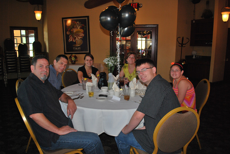 The family Doug, Don, Jaime, Karla, Ally and Jake