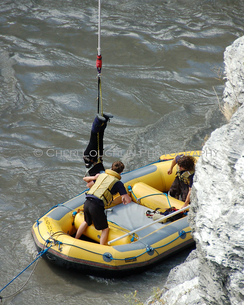 Bungee Boat