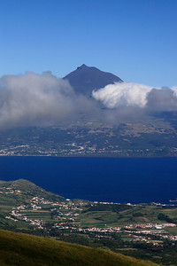 Pico, visto do Faial.