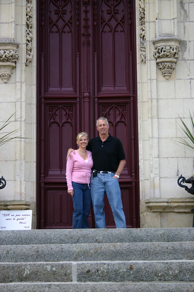 Guests from California in front of the 2 ton front doors