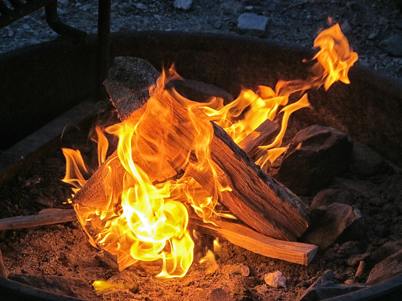 Campfire, Texas Springs campground, Death Valley