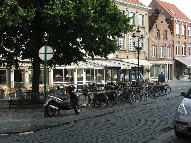 Bicycles are by far the preferred means of transport around Bruges