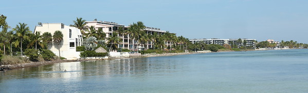 Vacation and retirement living along the calm waters of Key West - no waves