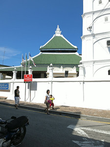 Kampung Kling Mosque. The architecture borrows from Sumatran, Chinese, Hindu, and the Melaka Malay.