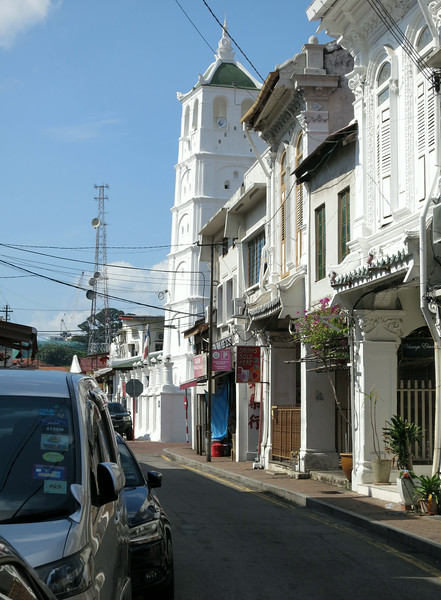 Minaret of Kampung Kling Mosque on Jalan Tukang Emas, also called Harmony Street on which are located the Sri Poyatha Moorthi and Cheng Hoon Teng Temples.