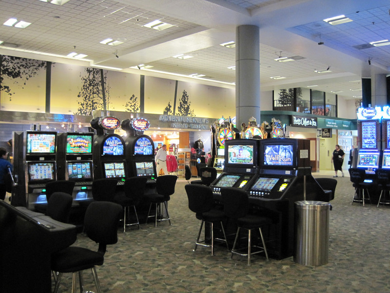 1st thing you see when you arrive in Reno airport is slot machines...