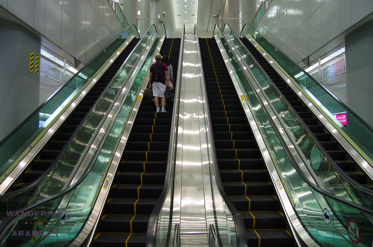 Escalators out of the subway