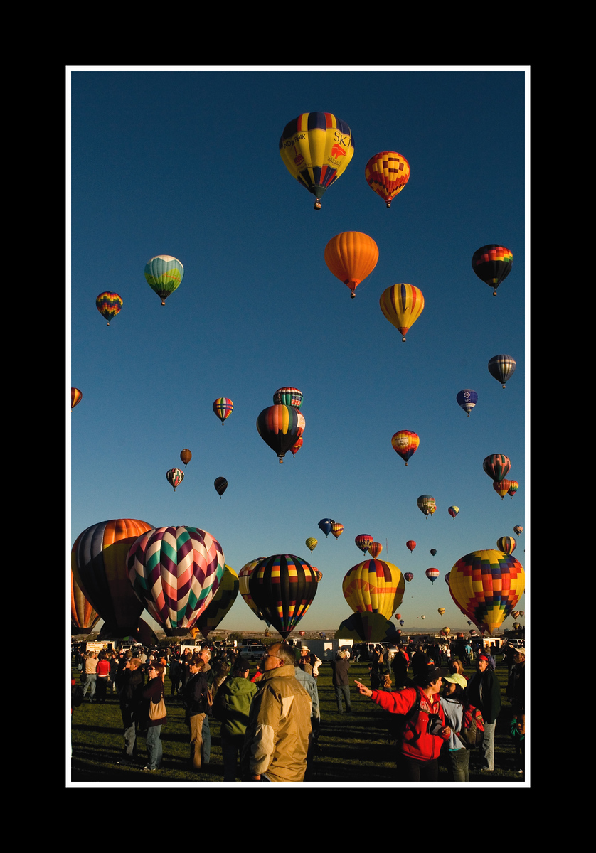 IMAGE: https://photos.smugmug.com/Travel/ALBUQUERQUE-BALLOON-FIESTA/i-5SZVjdP/0/c7b190e9/X3/JPEG%20Albq%20Balloons%206117-X3.jpg