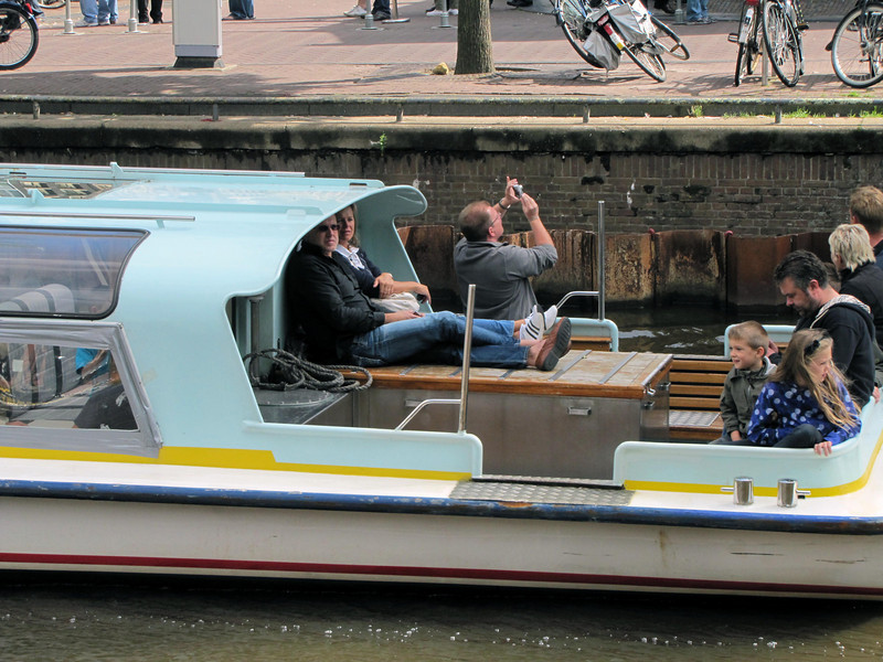 37-Enjoying a boat tour, snapping Westerkerk.