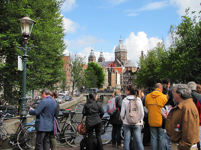 21-St Nicholas' Church (St Nicholaaskerk) from Old Church Bridge (Oudekerksbrug)