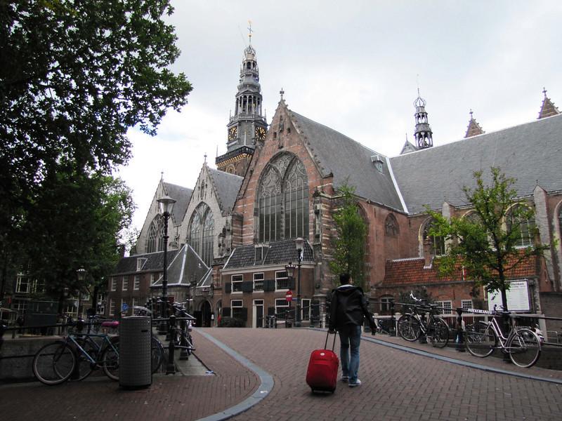 03-Old Church (Oude Kerk) from Old Church Bridge (Oudekerksbrug)