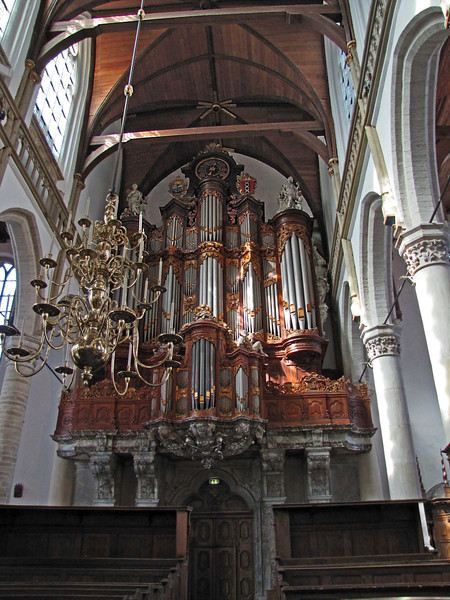 10-The great organ, 1724