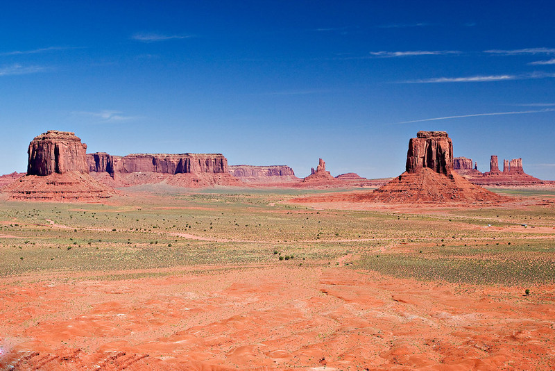 VIEW FROM THE VALLEY FLOOR OF MONUMENT VALLEY