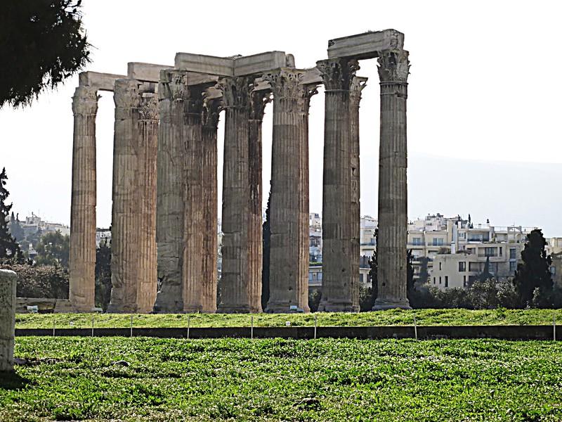 IMG_3368 Zoom in on Zeus columns