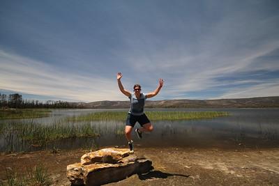 Uit de reeks: 'Jump!' Lake Wartook, The Grampians NP, Victoria, Australië.