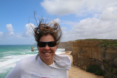 A bit windy @ Twelve Apostels. Great Ocean Road, Victoria, Australië.