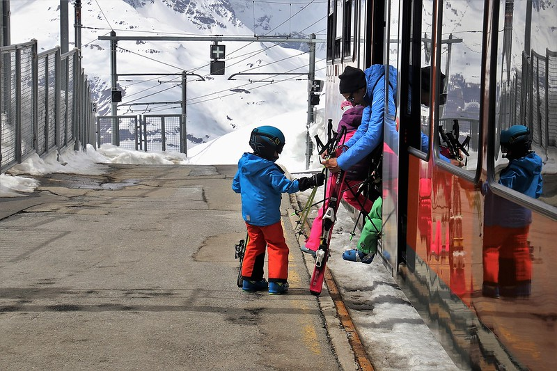 What Activities Do Ski Resorts Have for Children