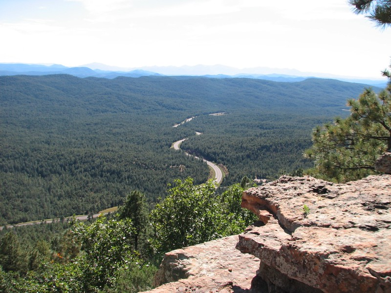 Mogollon Rim,  begining FS #300  (looking Soutth west at Rt # 260)