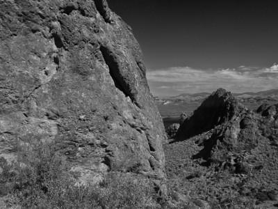 _9309699_lzn infared mountain