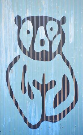 bear draw on sheetmetal zoo8433