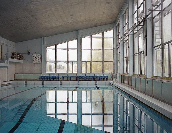 This shot was taken in 1996 when the pool was last used by the decomissioning workers