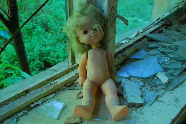 No clothes..very sad
