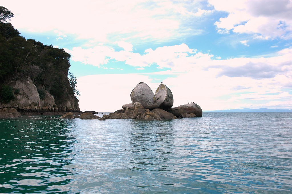 Apple Rock, Able Tasman Park