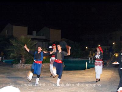 Cretan dance show IV