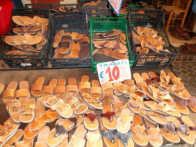 Sandals at 10€