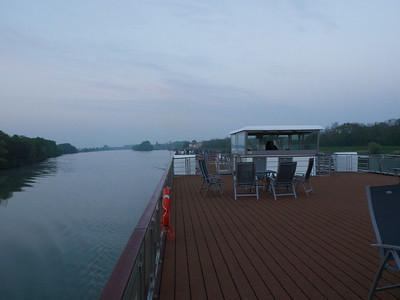 On the Saone from Mâcon to Chalon-sur Saone with quick stops; the sun deck with wheelhouse