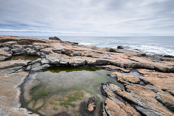 water and sculpted rocks