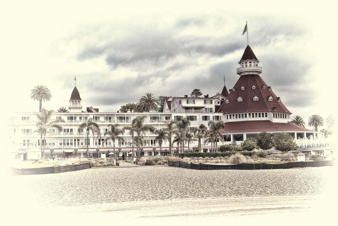 Hotel Del 1 hand tinted cream