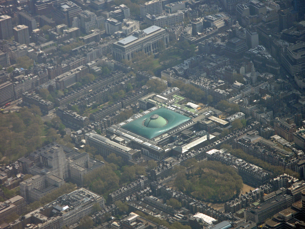 The British Museum - On approach to Heathrow June2011