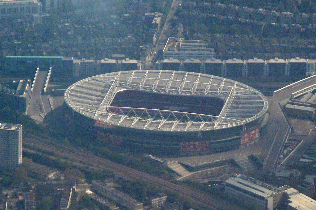 The Emirates Stadium - on approach to Heathrow June 2011