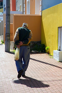 Old Man in Bo-Kaap_0475B-2