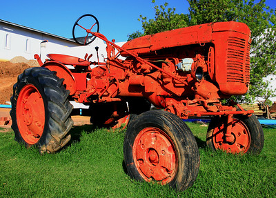 Red Tractor_0926C-2