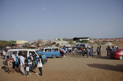 Street vendors - Luanda Sul